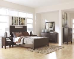 Trishelle California King Bedroom Groupr