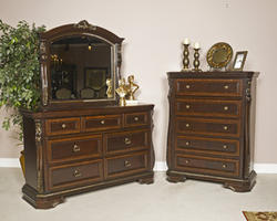 Wendlowe Five Drawer Chest