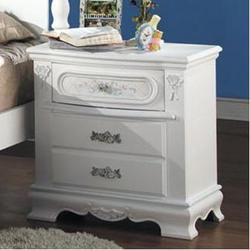 01660 Night Stand w/ 3 Drawers