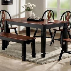 Chicago Dining Table with Turned Legs