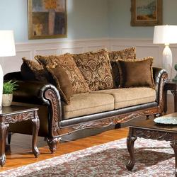 Fairfax Splurge Traditional Stationary Sofa