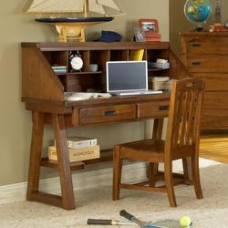 Heartland Child's Desk w/ Hutch
