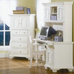 Cottage Traditions Youth Computer Desk with Hutch