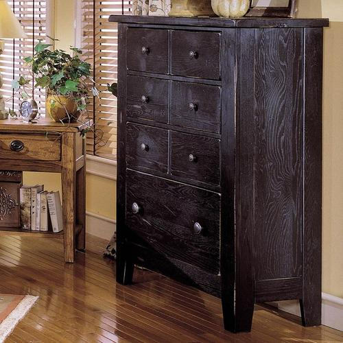 Broyhill Furniture Attic Heirlooms 4 Drawer Chest