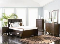 Lorretta King Bedroom Group