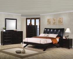 Phoenix Queen Bedroom Group