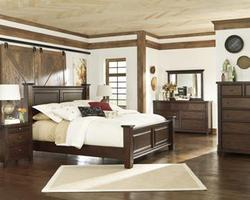 Hindell Park King Bedroom Group