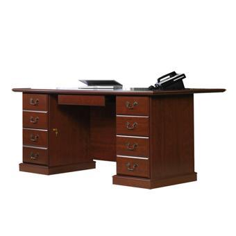 Sauder Heritage Hill Traditional Double Pedestal Executive