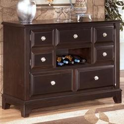 97875 Ridgley Buffet Style Server Dining Room