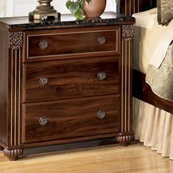 Gabriela Traditional Night Stand with 3 Drawers