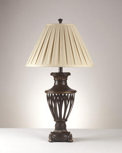 Gamada Metal Table Lamp (2/CN)
